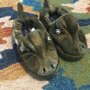 Stride Rite Slippers. 7/8. NWOT